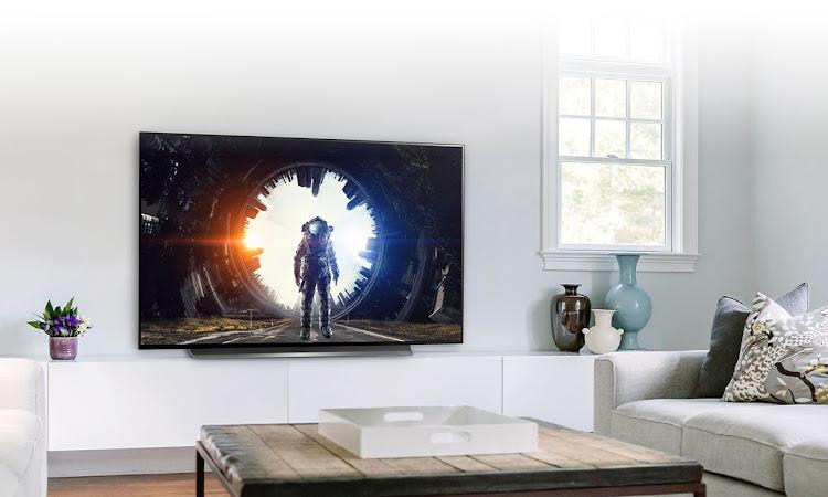 Cari TV OLED Terbaik Tahun 2019? Saya Punya Rekomendasinya Sob