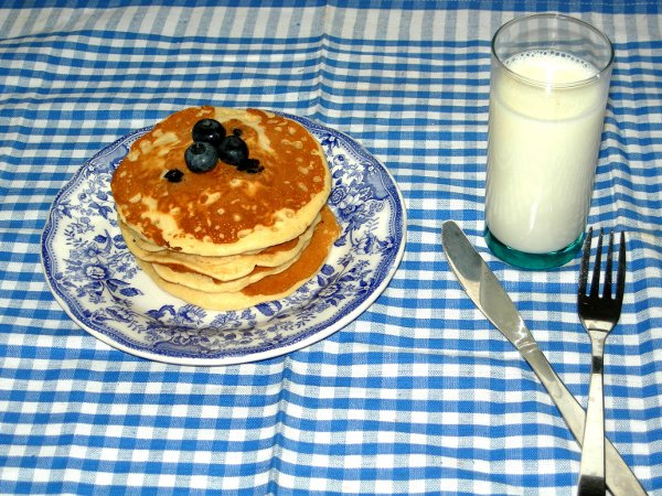 Tortitas con arándanos (pancakes with bluberries)