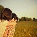 Pasangan Setia dan Bersyukur Akan Unggah Kemesraan Di Media Sosial