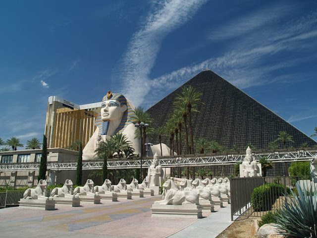 """""""Luxor Las Vegas"""""""