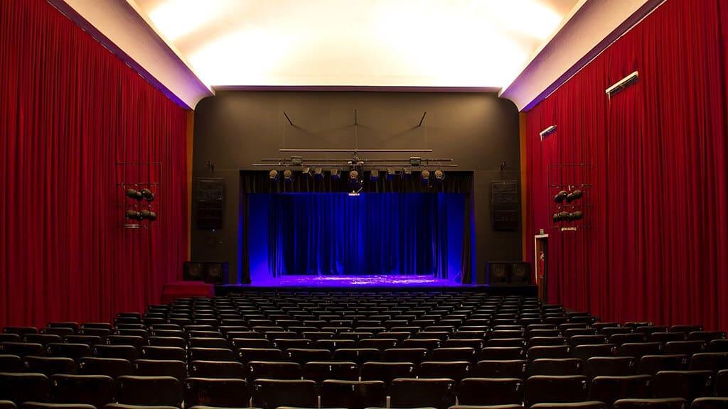 living-teatro