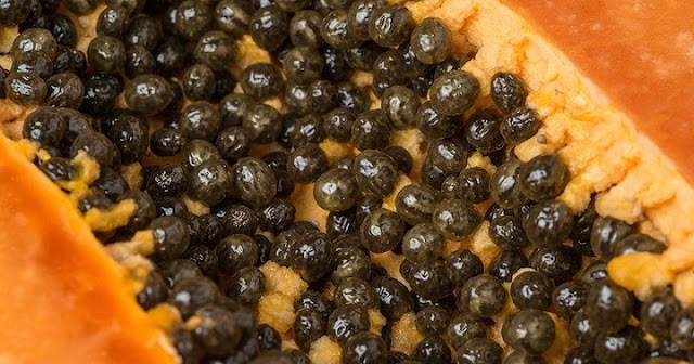 They have a strong flavor, more like a cross between mustard and black peppercorns.