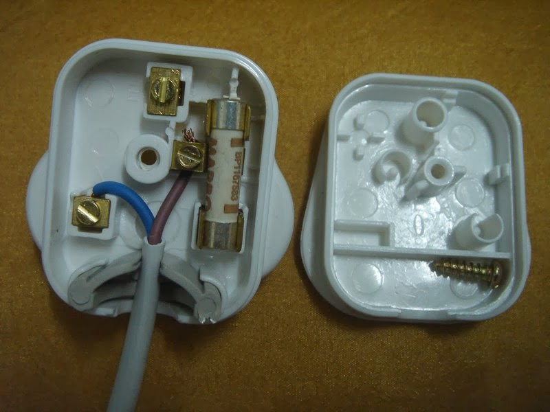 Tips Teknikal Pera Wayar Elektrik