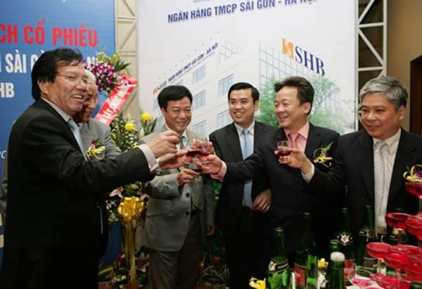 Hàng loạt vấn đề 'bê bối' của SHB, CEO Nguyễn Văn Lê và Chủ tịch Hiển sẽ giải thích với cổ đông như thế nào?