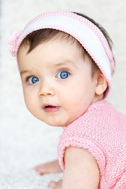 أجمل طفلة ترتدي فستان جميل