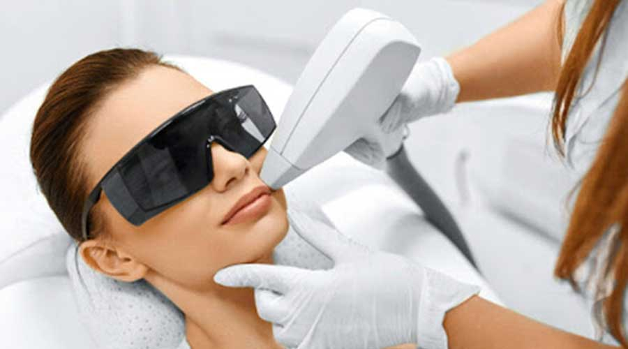 laser hair removal treatment beauty aesthetic doctor clinis pros cons advantages disadvatages side effects