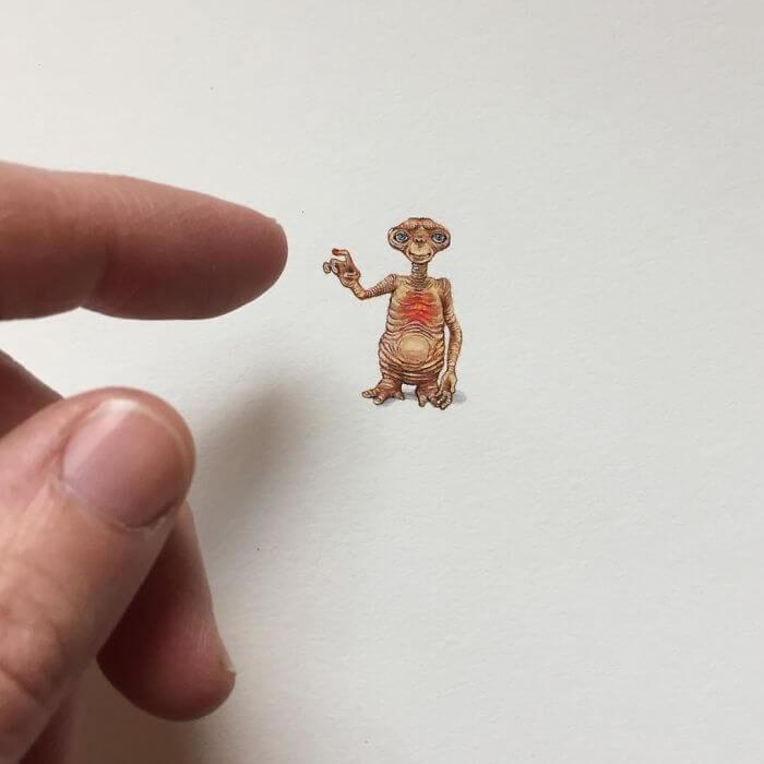 07-ET-The-Extra-Terrestrial-Brooke-Rothshank-Miniature-Paintings-www-designstack-co