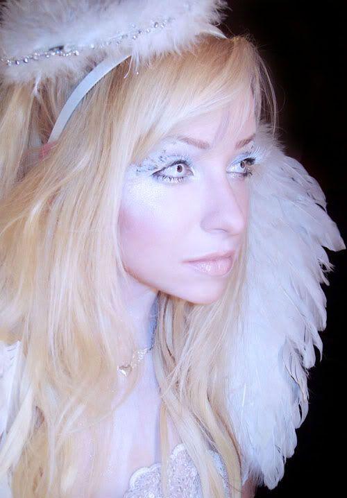 Happy Halloween Day: 13 Angel Halloween Makeup Ideas