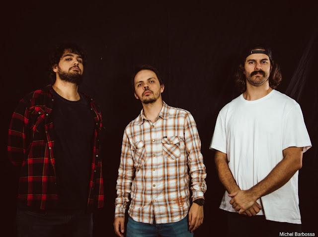 Concrete Monkey lança disco com influências do  stoner rock ao progressivo