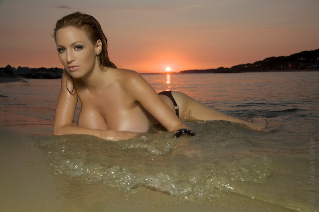Sexiest-Jordan-Carver-Sunset-hot-HD-Photoshoot-Image-19
