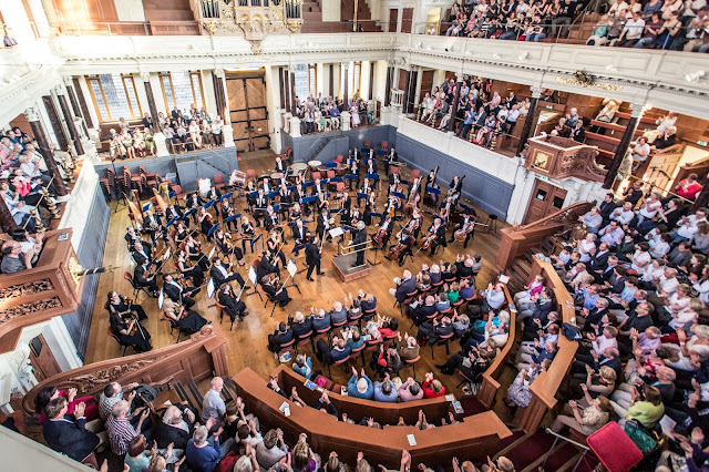 Marios Papadopoulos and the Oxford Philharmonic at the Sheldonian Theatre
