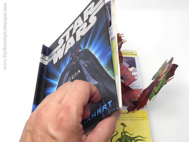 STAR WARS - A Pop Up Guide To the Galaxy - 2007  Matthew Reinhart