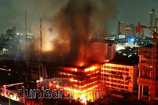 Mimpi Gedung Terbakar