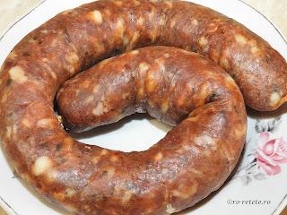 Carnati de porc reteta traditionala romaneasca de casa pentru Craciun retete culinare cârnați picanti din carne de porc pentru gatit la cuptor grill sau gratar,