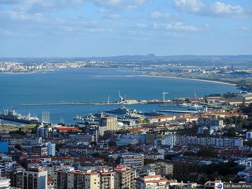 Lisboa vista do alto do mirante do Santuário do Cristo Rei - o que  fazer em Lisboa