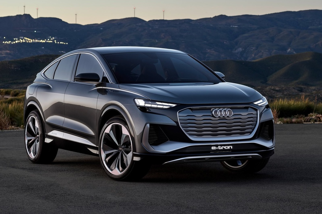 Audi Q4 e-tron Sportback 2021 - SUV Coupe chạy điện giá 45.000 USD