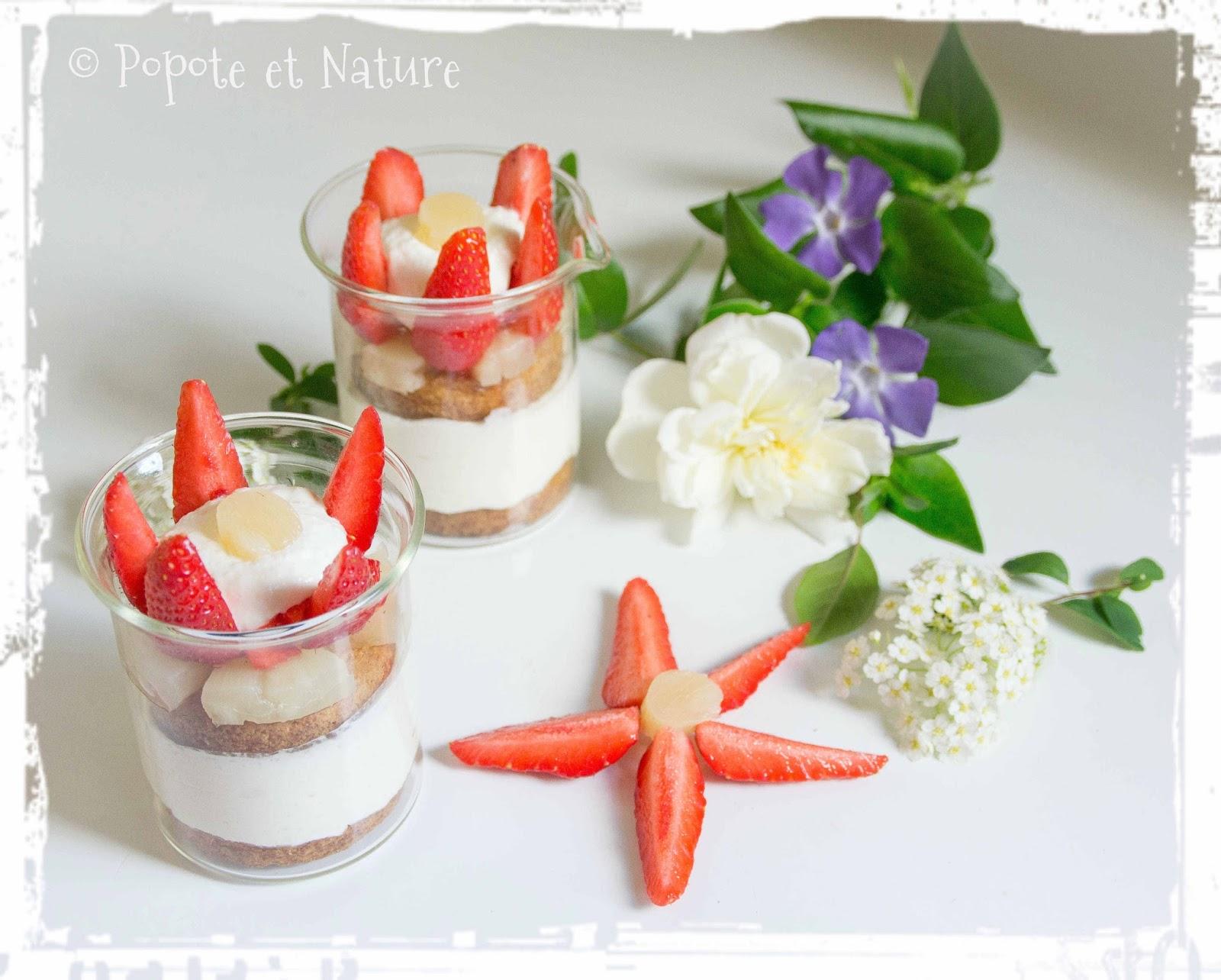 Popote et nature des petites verrines fraises ananas for Commandes fleurs