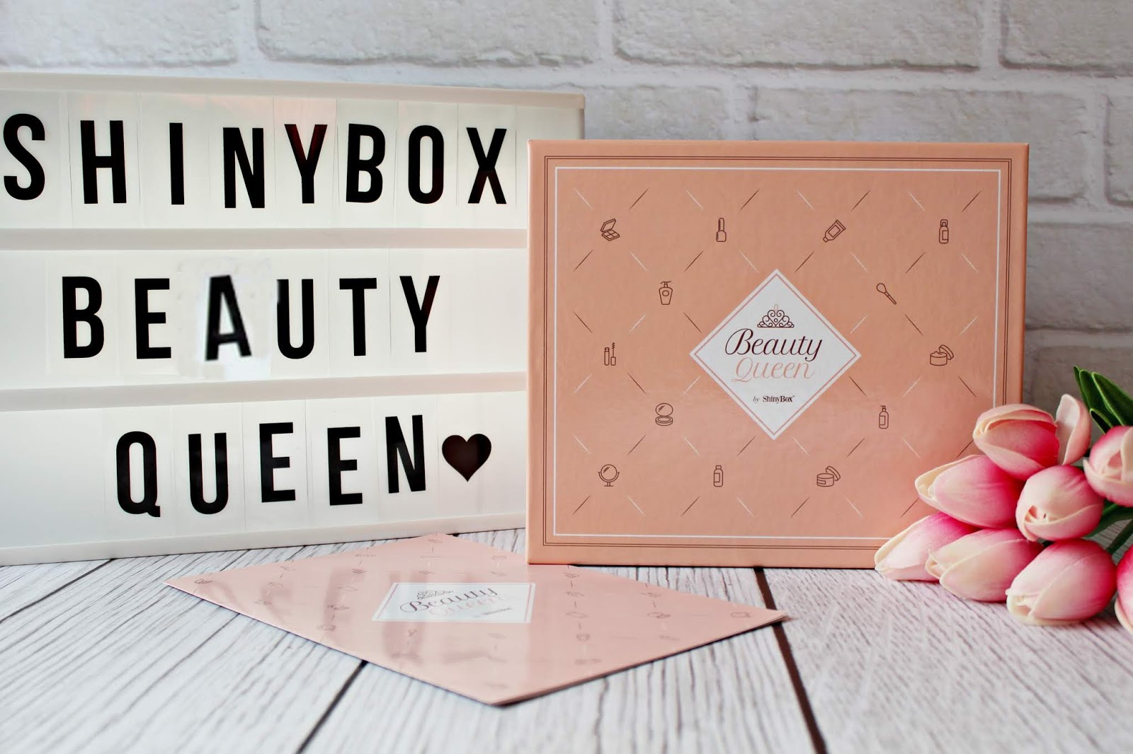 ShinyBox Beauty Queen - openbox marcowego pudełka - 2019