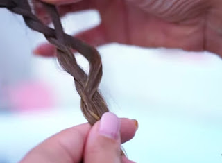 cute easy hairstyle for short hair
