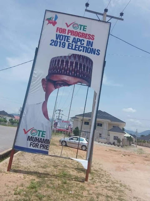 Man Arrested After He Was Caught Destroying President Buhari's Campaign Posters (Photos)