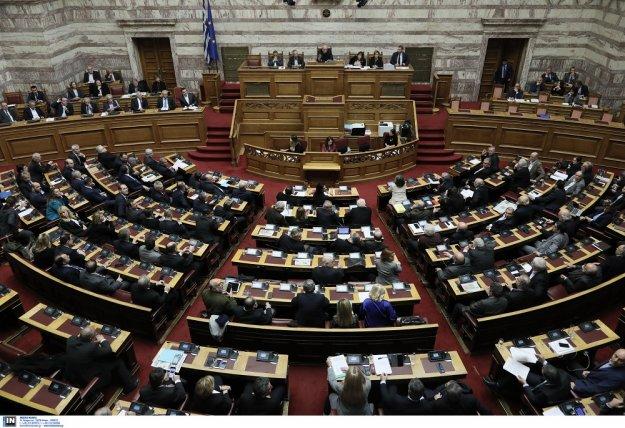 Με fast track διαδικασίες φέρνουν στη Βουλή και τη Συμφωνία των Πρεσπών;