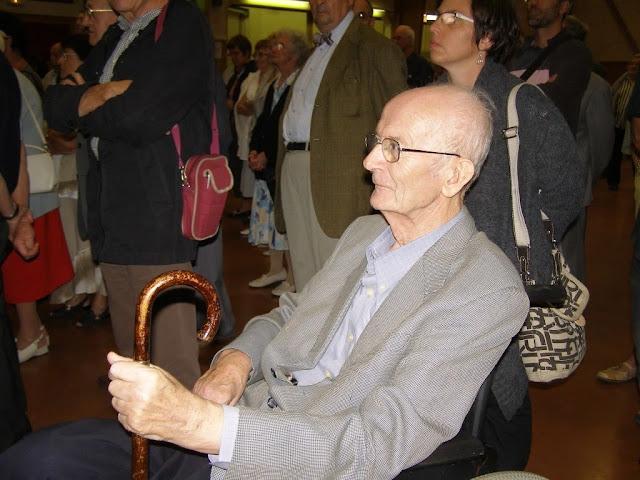 2010, Joseph Faucoup reçoit les clés de la ville de Boën