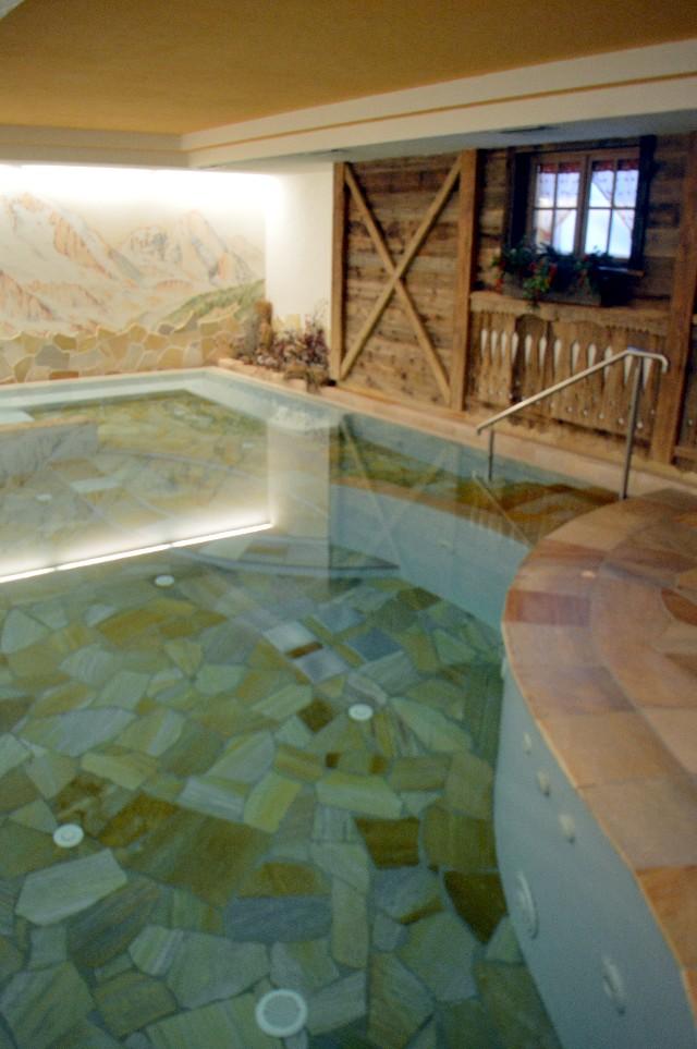 hotel trentino con centro benessere e piscina