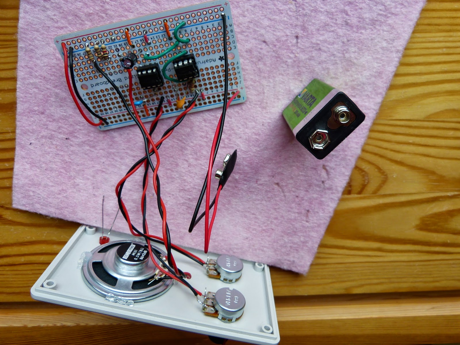 Electronics Page 4 Homehack Learn To Build The Atari Punk Console Electronic Circuits Perf Board Connected All External Connections