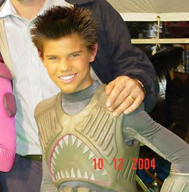 OFFICIAL TAYLOR LAUTNER FAN PAGE: The Adventures of ...