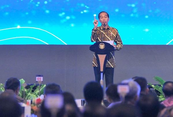 Jokowi Minta Tiga Kartu Sakti Jangan Ditagih Setelah 17 April