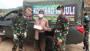 Kostrad Peduli Yon Armed 13 Nanggala Cikembang Bagikan Daging Sapi Dalam Bentuk Masakan Dan Sembako