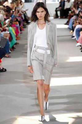 Moda dos anos 90, as bermudas alfaiataria voltam com tudo no verão 2019/2020