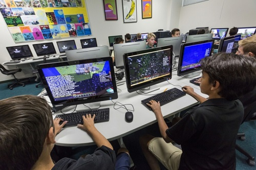 Minecraft đc trả vào giảng dạy tại một trường học ở Thụy Điển