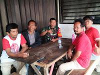 Jalin Keakraban, Babinsa Koramil 03/SS Laksanakan Komsos Bersama Warga Kecamatan Siantar Selatan