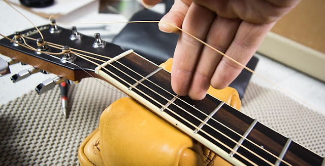 Penyebab Gitar Fals Terus