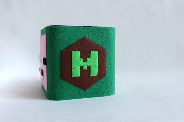 эмблема Minecraft