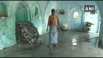 मस्जिद की सफाई से लेकर अज़ान यहां हिन्दू निभा रहे जिम्मेदारी - newsonfloor.com