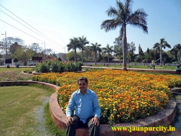 https://www.facebook.com/smmasoomjaunpur/