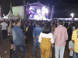 Forró da Quixaba, em Picuí, leva multidão ao terreiro do forró