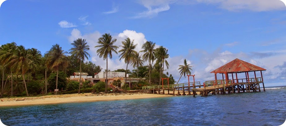 Pulau Sikuai Hancur Rusak
