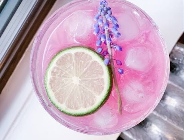 Lavender Gin and Tonic Punch #drink #recipes