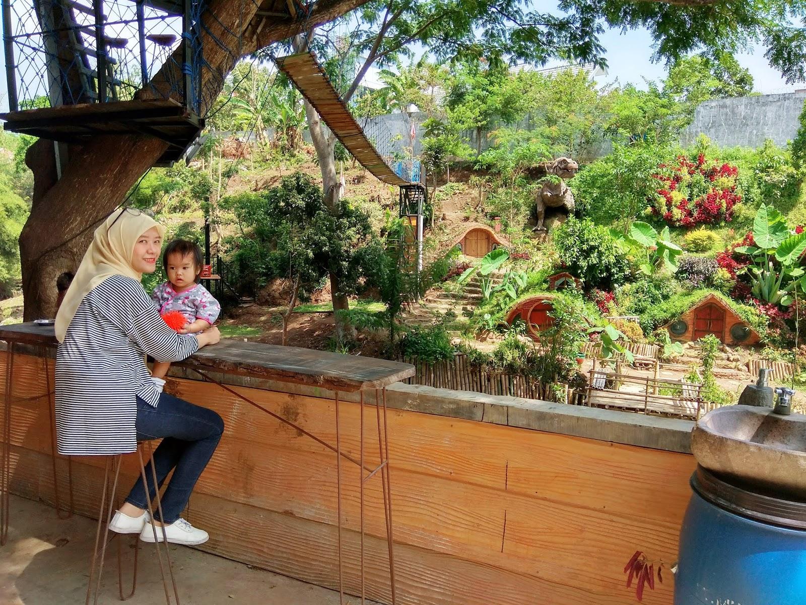 Pondok Wisata B Walk Batu Malang, Hiburan Lengkap, Sekamar 8 Orang