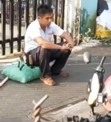 Bắt thanh niên nghi ngáo đá cầm dao cố thủ đòi đốt nhà ở Dĩ An. .