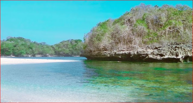 15+ Pantai di Malang Tersembunyi dan Terindah