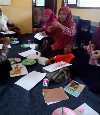 Peningkatan Kompetensi Guru PAUD, TK/RA, SD/MI Dalam Pengembangan Alat Permainan Edukatif (APE)