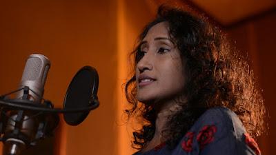 Hinawenna Bari Tharamata Song Lyrics - හිනාවෙන්න බැරි තරමට ගීතයේ පද පෙළ