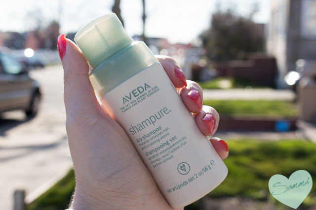 Chronicles of a Hair Novice: The Messy Bun with Aveda Shampure Dry Shampoo