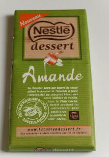Cheesecake aux abricots confits, melon, myrtilles au chocolat blanc amande
