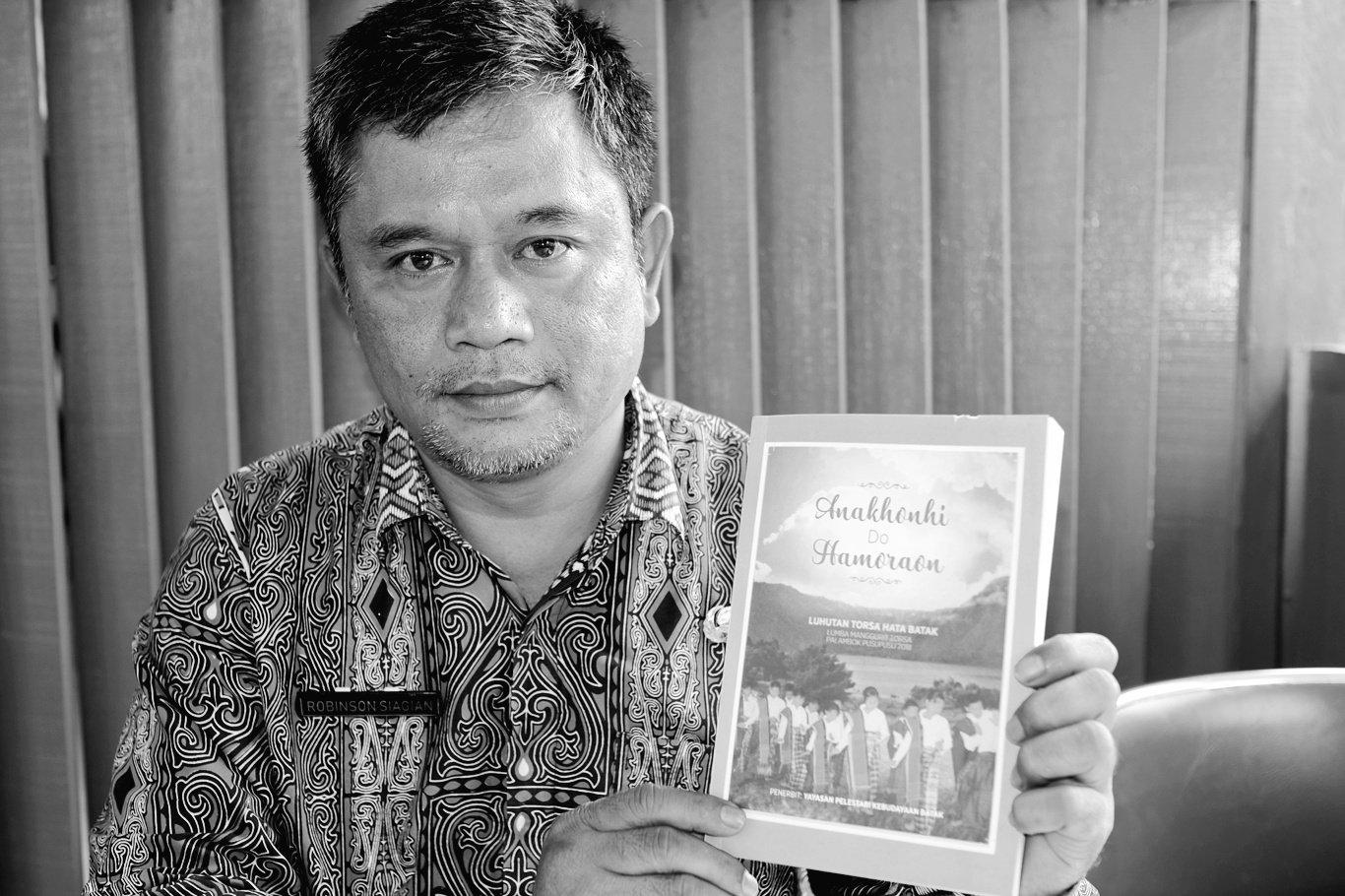 Siagian Humas Toba Samosir - buku cerpen berbahasa Batak