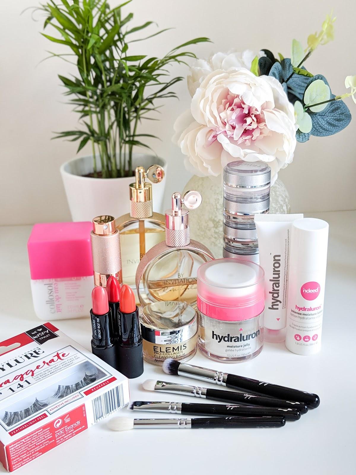 8-holiday-beauty-essentials